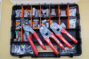 MOTORSPORT ELECTRICAL REPAIR KIT WITH 16# CRIMPERS, 20# CRIMPERS AND OPEN TERMINAL CRIMPERS