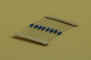 100 Ohm RESISTOR (8 PACK)